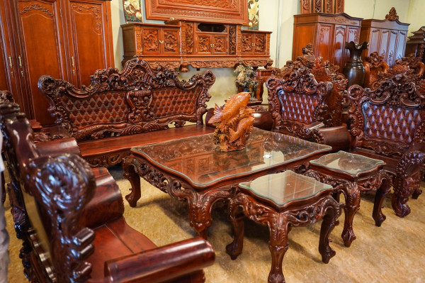 Tuyển chọn 55 mẫu bàn ghế gỗ hương chất lượng không nên bỏ qua