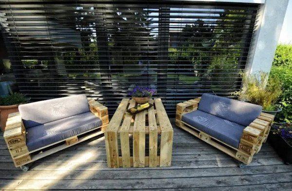 """Mẫu Sofa gỗ đơn giản với giá """"hạt giẻ"""" vạn người mê"""