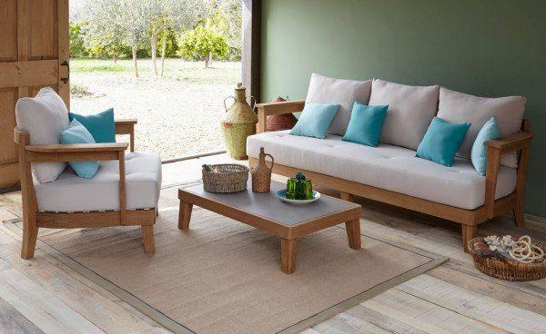 Sofa gỗ nệm hay sofa gỗ cho phòng khách thêm sang trọng?